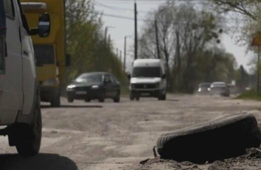 Дорога жаху: коли почнеться ремонт львівської вулиці Курмановича?