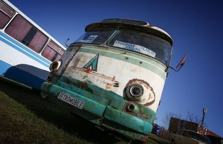 У Латвії знайшли унікальний львівський автобус