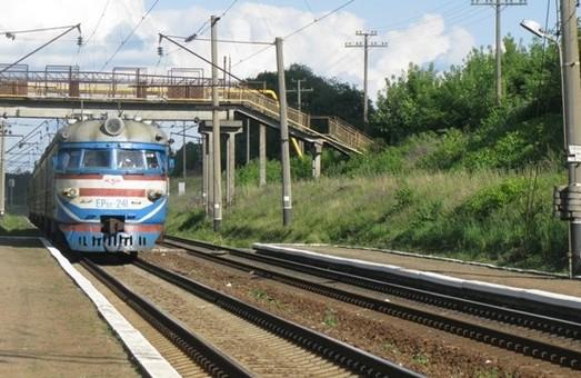 У Львові в електричці знайшли труп, який досі не опізнали(фото 18+)