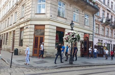 У Львові оштрафували власника квазі-борделю на площі Ринок