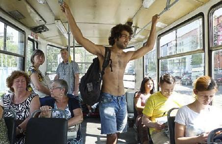 У ЛМР можуть розглянути петицію про заборону закупівлі громадського транспорту без кондиціонерів