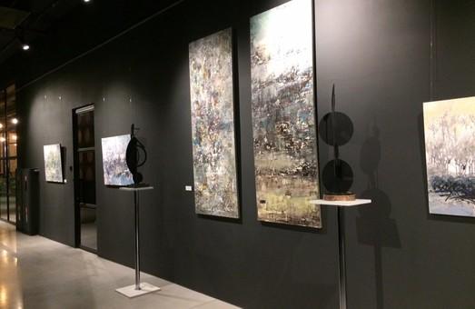 З 9 липня до 19 серпня відбуватиметься спільна виставка Ніни Буряк та Петра Старуха