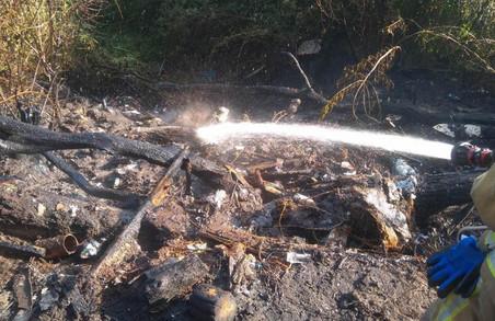 У Львові горіло стихійне сміттєзвалище
