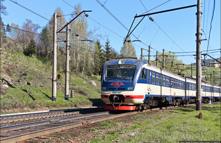 У Львівській залізниці повернули швидкий потяг між Мукачево та Львовом