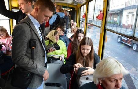 У Львові контролери будуть пропонувати купити абонемент замість штрафу