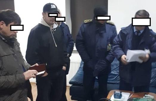 У Львові викрили схему контрабанди дорогого одягу