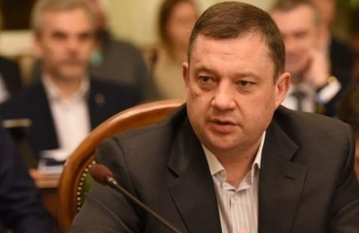 За зняття недеторканості з Дубневича готові голосувати його колеги по групі «За майбутнє»