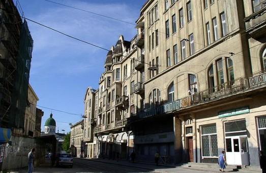 Одну з центральних вулиць Львова відремонтують