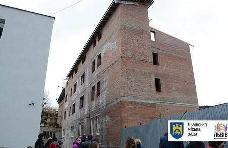 У Львові ДАБК раптово виявили цілий незаконно збудований будинок
