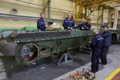 Львівський бронетанковий завод за десяток мільйонів «купив» неіснуючі деталі
