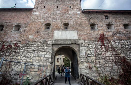 У Львові біля монастиря бернардинів облаштують громадський простір