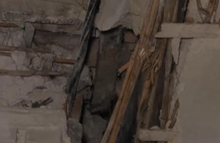 У центрі Львова після капітального ремонту руйнується житловий будинок