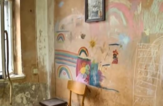 У Львові дівчинка 9-ти років доглядала за мамою та бабусею
