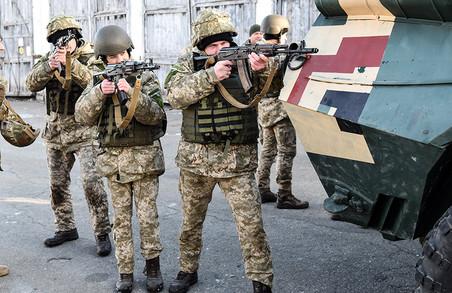 Як цивільні провели один день у бригаді ДШВ (ФОТО)