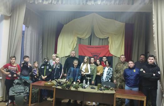 Активісти НК провели вишкіл для дітей