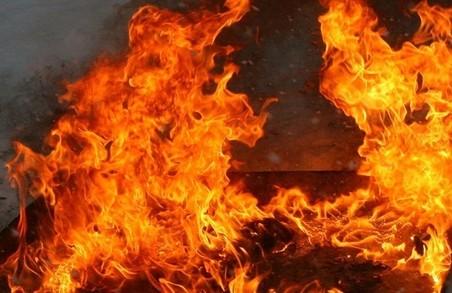 У Львові горів закинутий будинок, постраждав чоловік