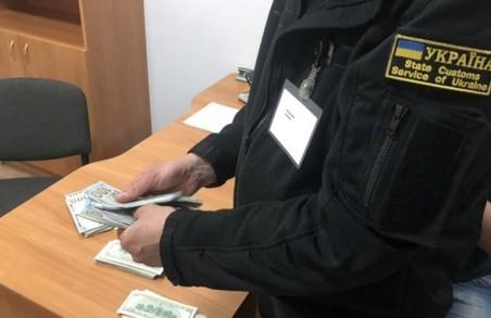 ДБР повідомило про підозру керівникам Львівської митниці