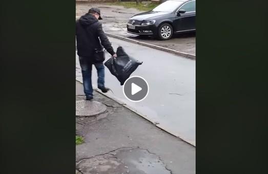 У Львові щур напав на чоловіка