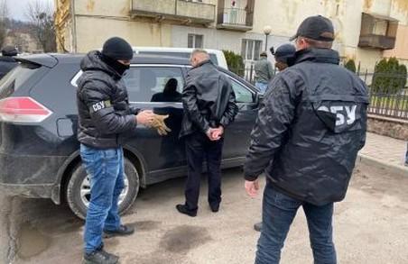 Головного лісника Львівщини спіймали на хабарі