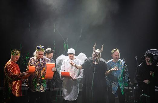 Гурт ТНМК у нових амплуа у Львові: Фагот в образі чорта, Фоззі-сіоніст, царі-гітаристи