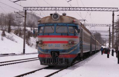 Приміські потяги сполученням Львів-Красне-Золочів курсуватимуть за зміненим графіком