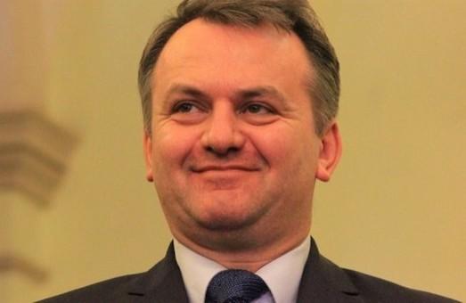 До вас українці з Китаю прийдуть тільки разом з Президентом: Синютку закликали не панікувати через коронавірус