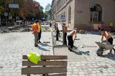 Львів платитиме борги будівлями
