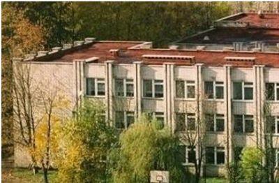 Львівський ліцей відмовляється переходити на українську мову навчання?