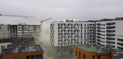 У Львові мешканці скаржаться на їдкий дим