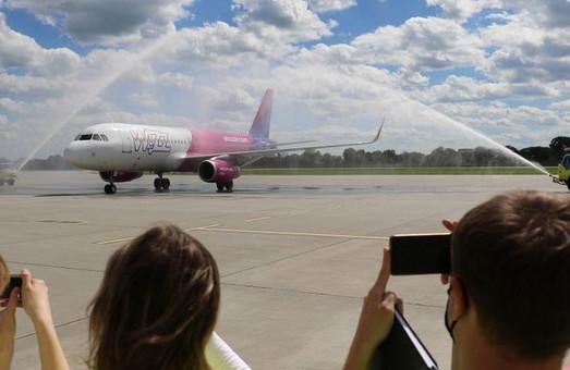 Угорський лоукостер «Wizz Air» створив у Львові свою базу