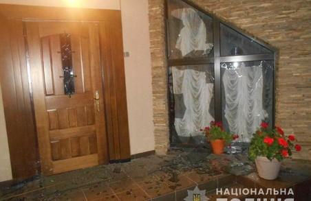 У Львові невідомі кинули в дім бізнесмена гранату