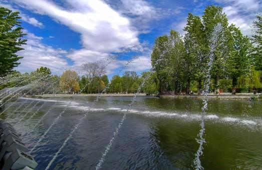 На Тернопільському ставі із 6 липня цілодобово працює аераційний фонтан