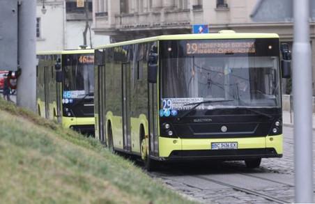 У Львові пенсіонери та інші пільговики зможуть знову безкоштовно їздити в громадському транспорті