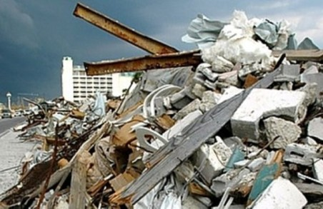 Мешканцям Стрия на Львівщині заборонили викидати великогабаритне та ремонтне сміття на контейнерні майданчики