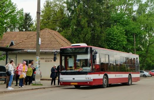«Богдан» vs «Електрон»: хто постачатиме автобуси для Львова за кошти кредиту ЄІБ?