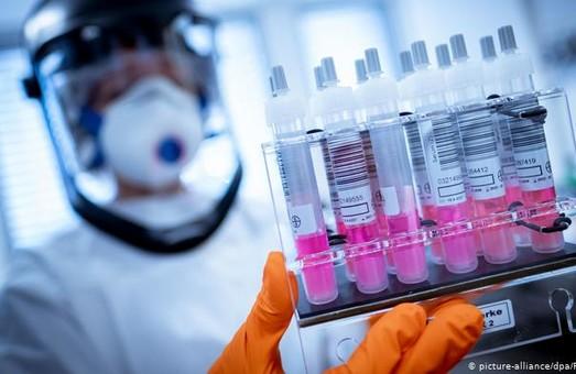 За минулу добу в Україні провели більше 10 тисяч тестів для виявлення коронавірусу