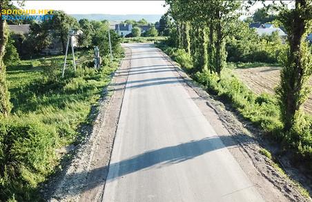 Бізнес спонсорував частину коштів на ремонт дороги в селі Хильчиці на Львівщині