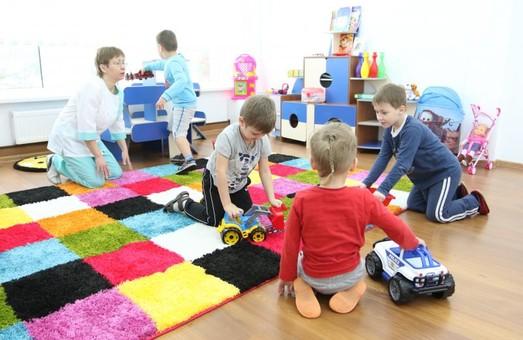 У Львові сьогодні вирішуватимуть, чи відкривати дитячі садки. На черзі – театри і кінотеатри