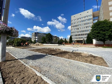 У Львові проводять ремонт у 4-ій міській поліклініці