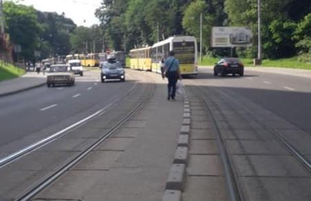 У Львові зупинився рух сихівського трамвая