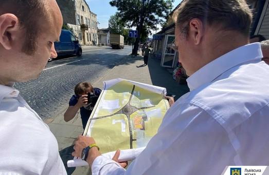 У Львові хочуть перенести автостанцію № 6, але поруч відкрити новий базар