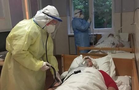 Міська лікарня у Стебнику на Львівщині переповнена недужими на COVID-19