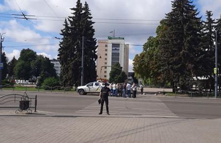 У Луцьку терорист захопив автобус із заручниками