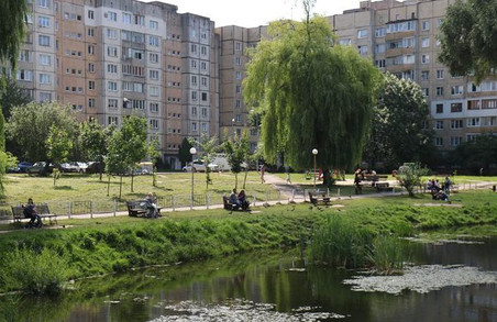 У Львові працюють над очищенням водойм і благоустроєм території навколо них