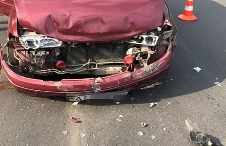 У Івано-Франківську нетверезий водій спричинив аварію