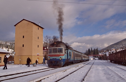 На Прикарпатті Львівська залізниця відновлює курсування іще кількох приміських поїздів