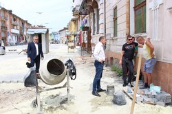 У Дрогобичі на Львівщині брукують вулицю Шолом-Алейхема