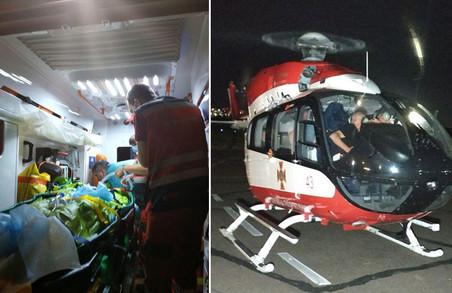 13-річну дівчинку, що потрапила в ДТП на Бродівщині, доправили гелікоптером до Києва