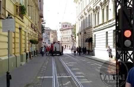 У Львові болард зупинив пожежну машину, яка їхала на виклик