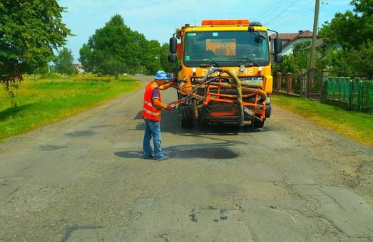 У Стрийському районі на Львівщині почали ремонтувати дороги, які не були включені у план